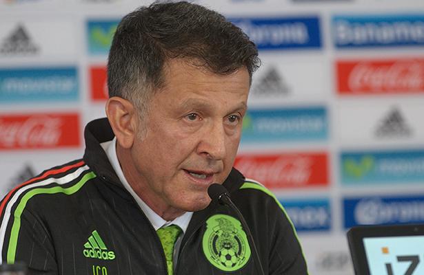 Fifa suspende por 6 partidos a Juan Osorio