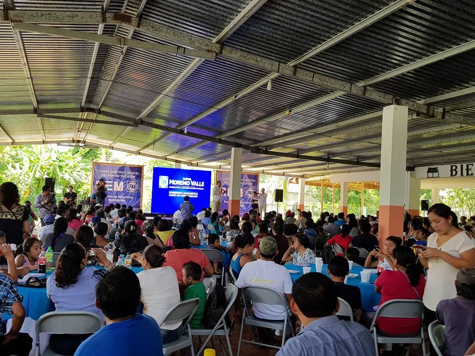 Arropa dirigencia panista en Yucatán a Moreno Valle