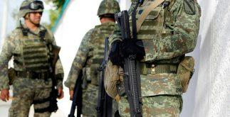atrincherados_militares_cancun1