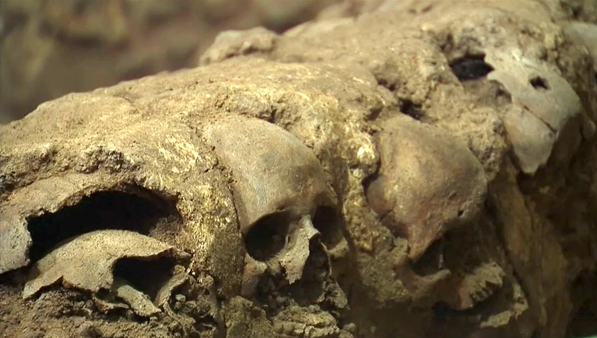 Hallan restos de la mítica torre de las calaveras de Tenochtitlán