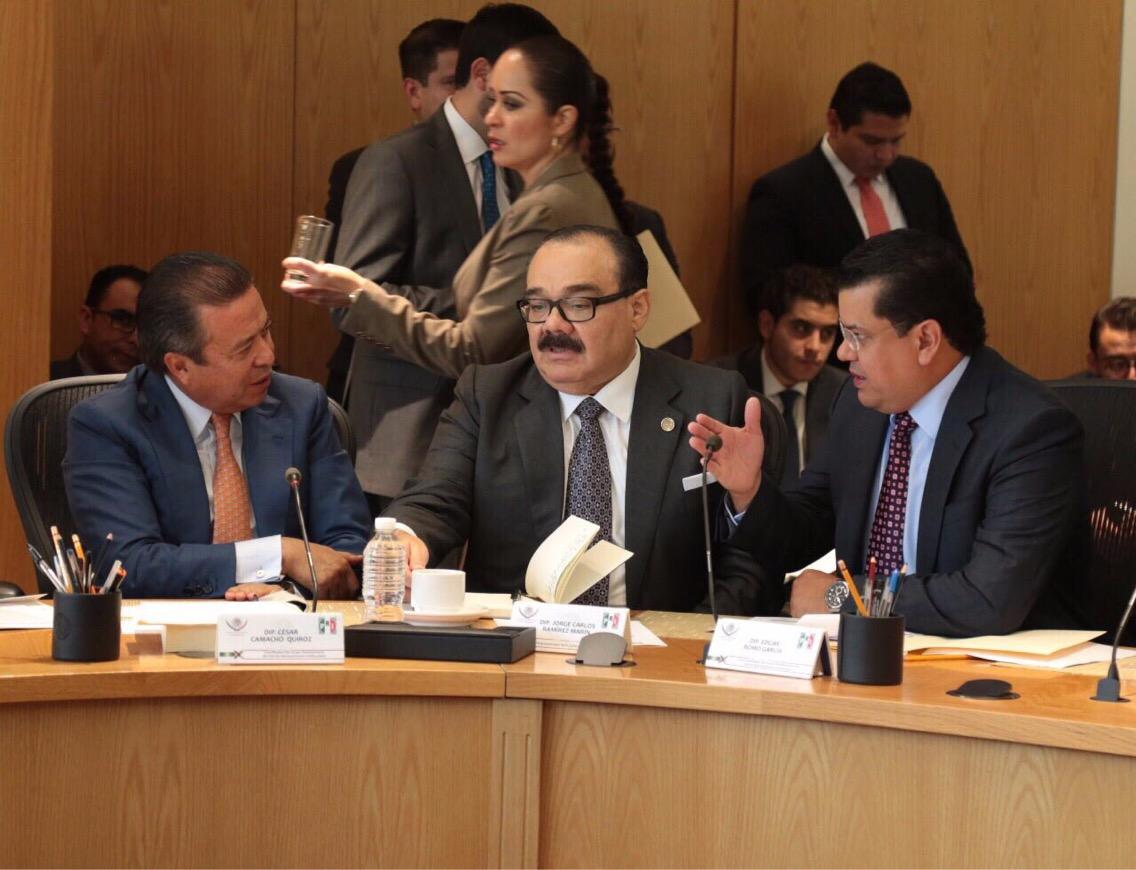 México debe contar con mejores funcionarios: Ramírez Marín