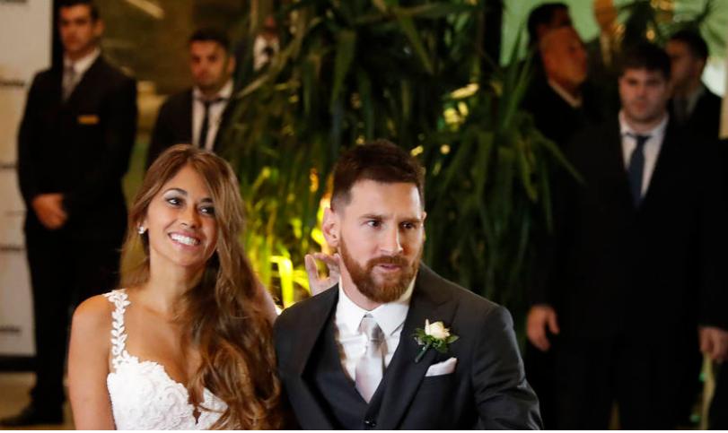 Messi se casa con su novia de toda la vida