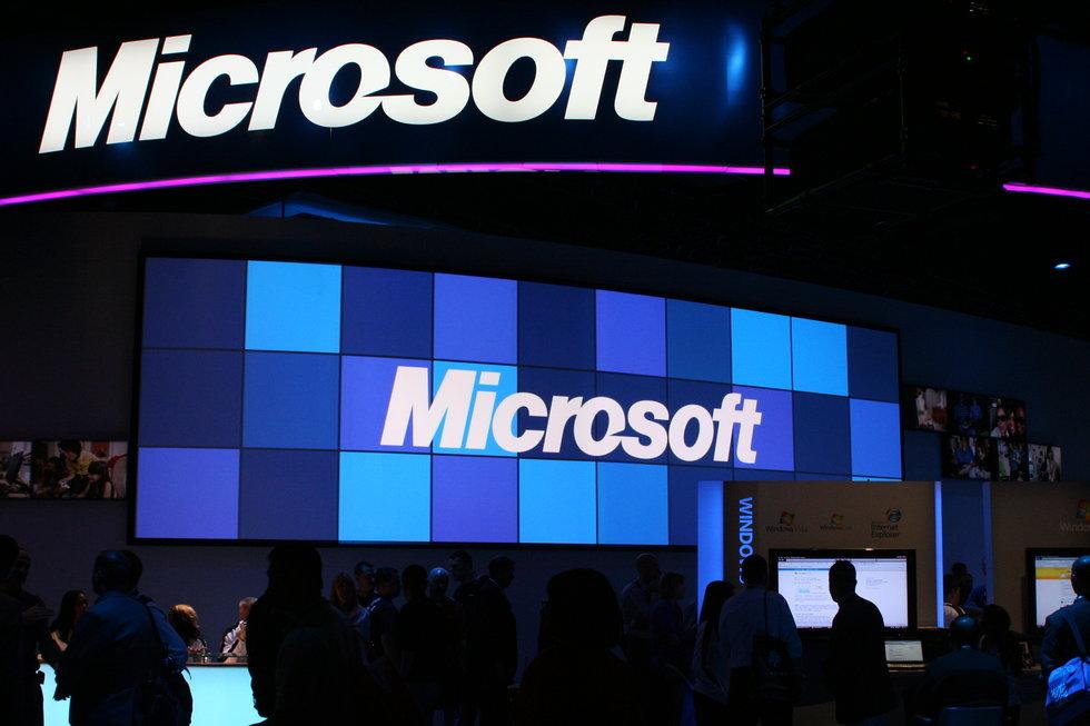 Gobierno de Donald Trump exige a Microsoft acceso a emails