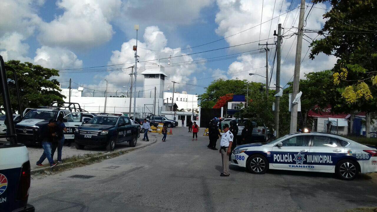 Registra riña de reos penal de Cancún