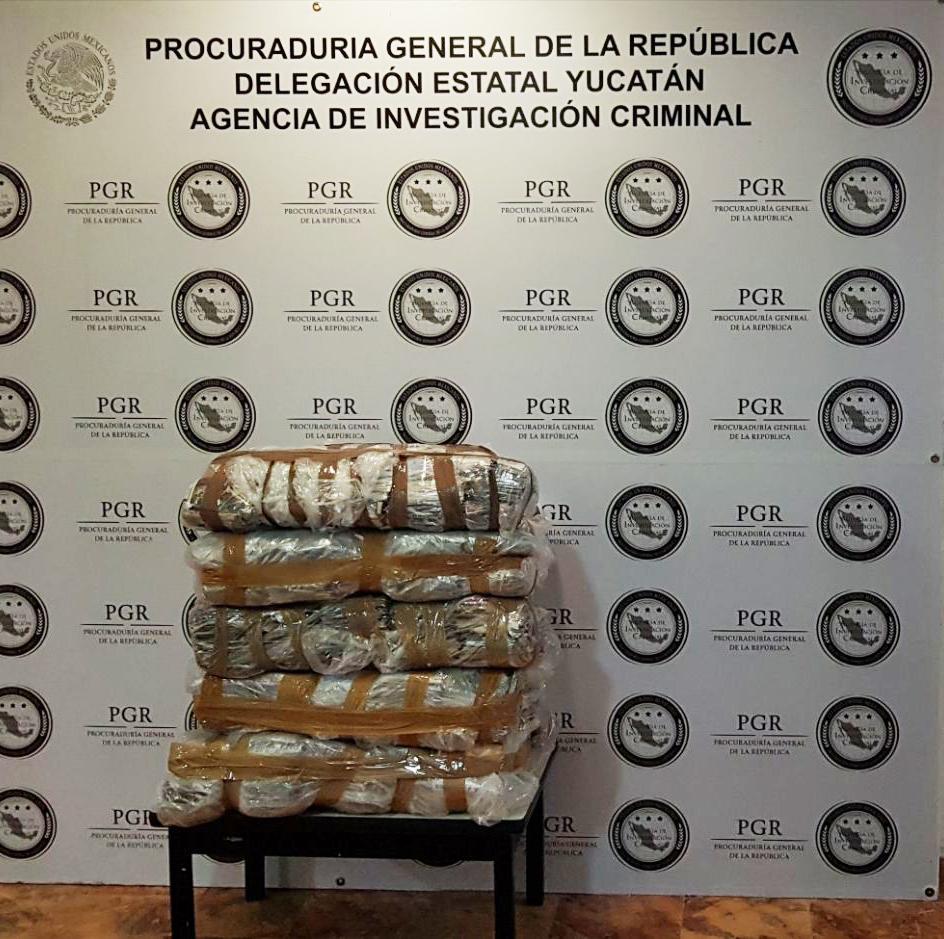 PGR retira del mercado informal discos falsificados en Motul