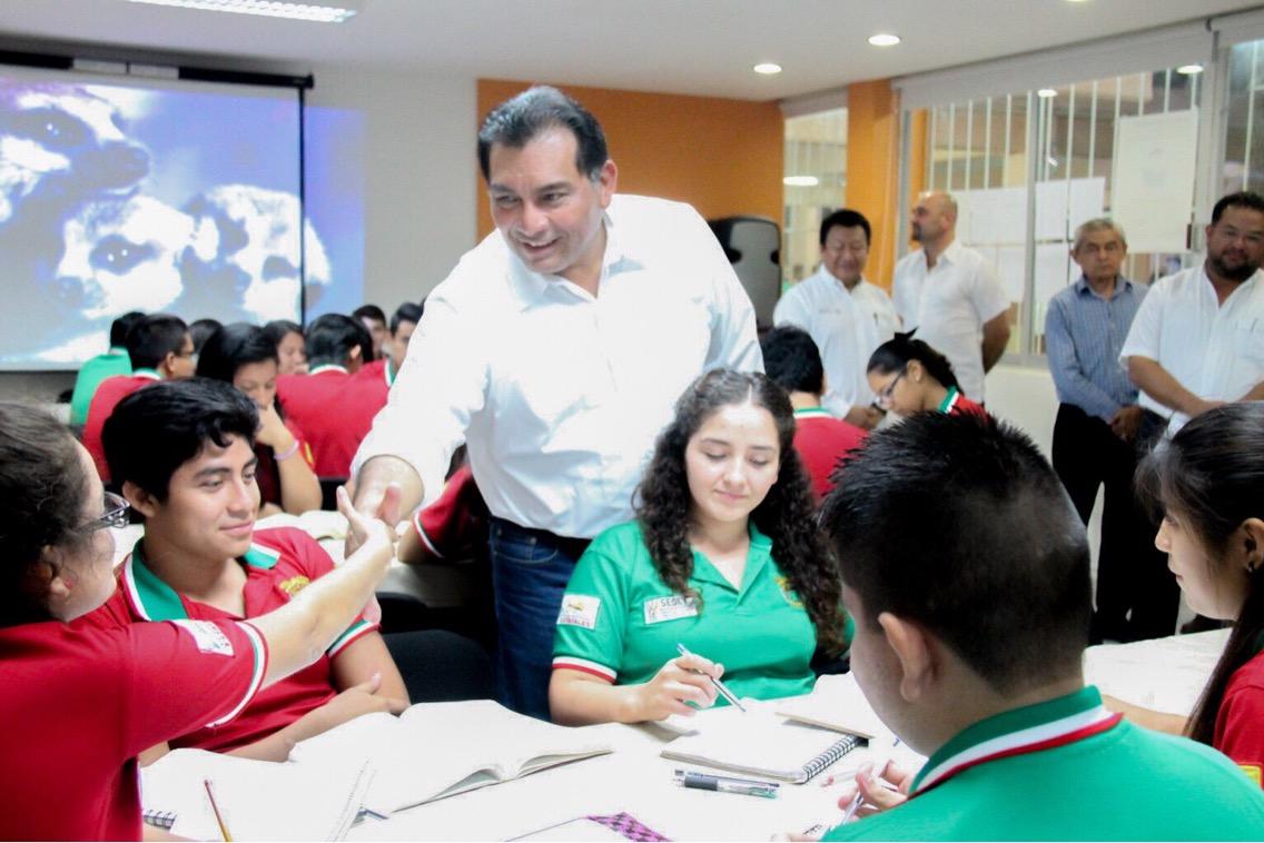 Se preparan para llevar Nuevo Modelo Educativo a las aulas