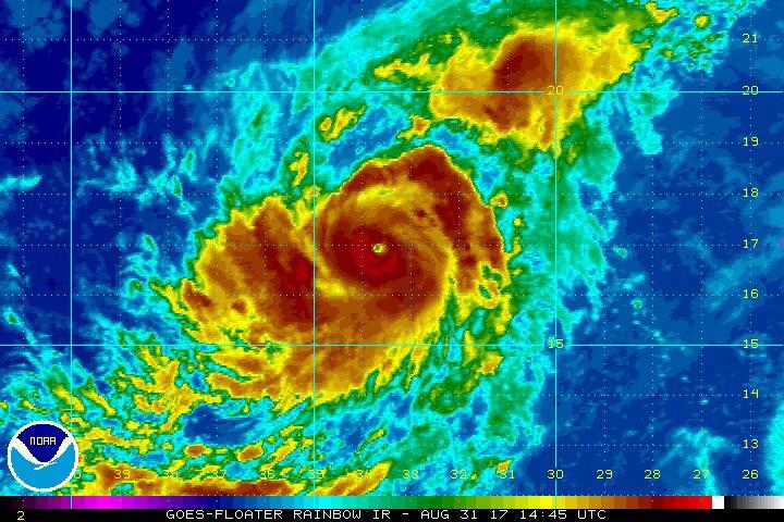 """""""Irma"""" evolucionó a huracán y sería extremadamente peligroso"""