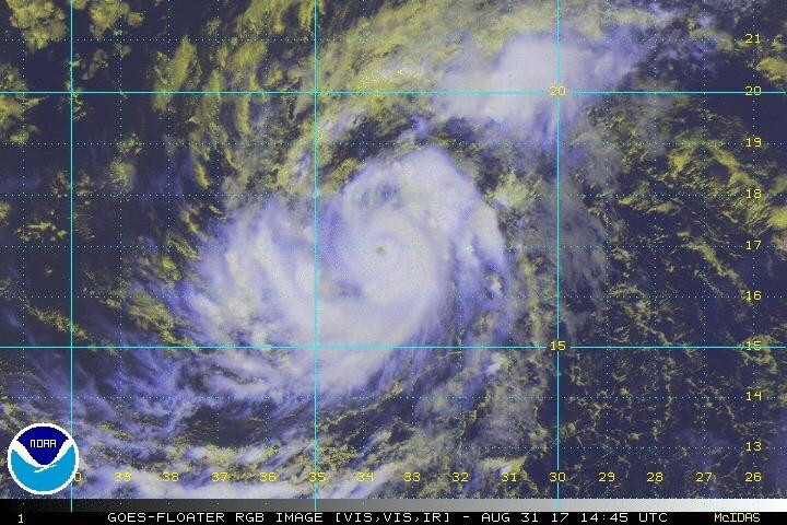 """""""Irma"""" está imparable: ya es categoría 3"""