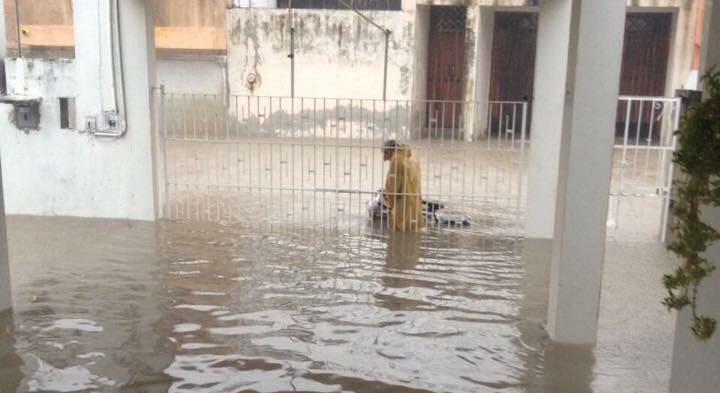 Fraccionamiento populares de Campeche se vieron severamente afectados por inundaciones
