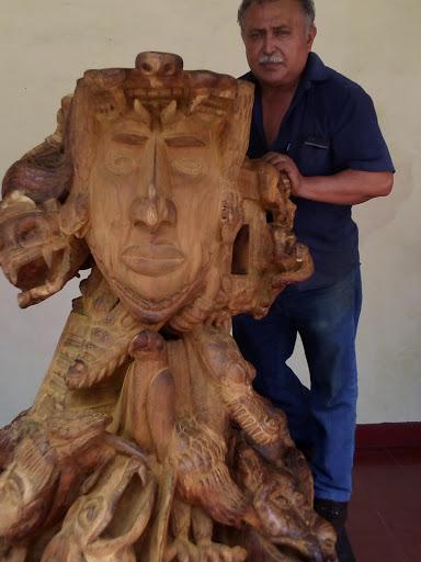 escultura emblemas mayas 2