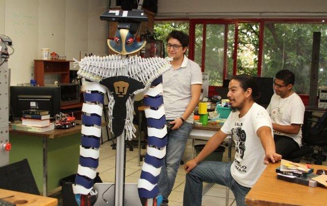 Robot mexicana Justina, la mejor en competencia de Japón