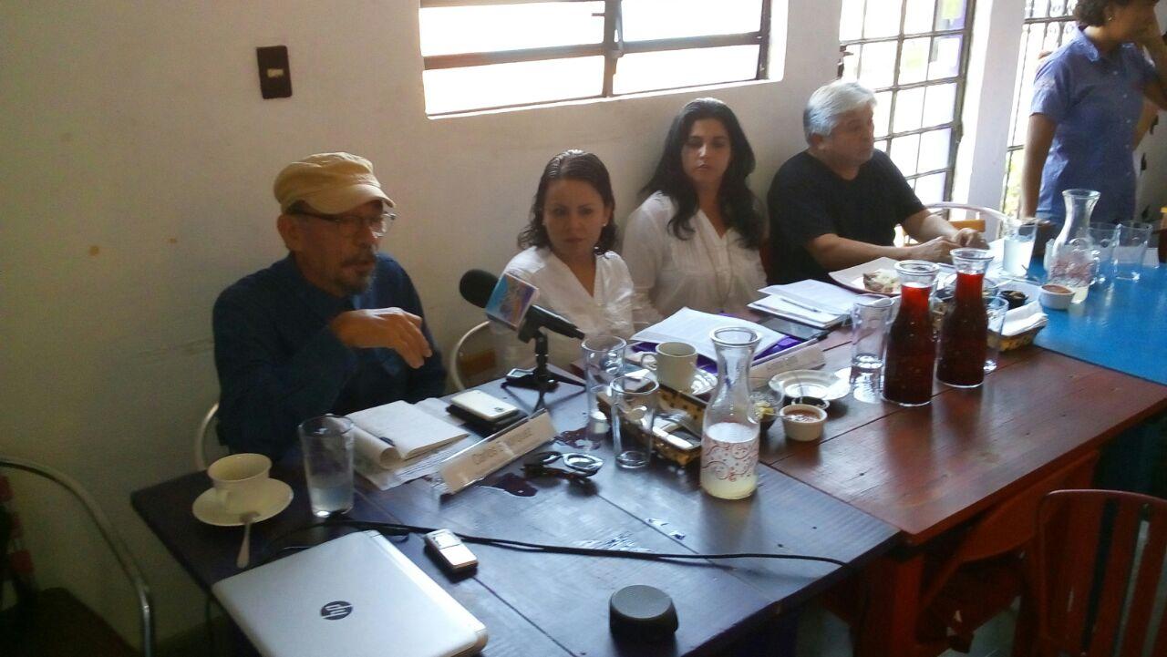 """Plaguicidas están """"matando"""" cenotes de Yucatán: Greenpeace"""