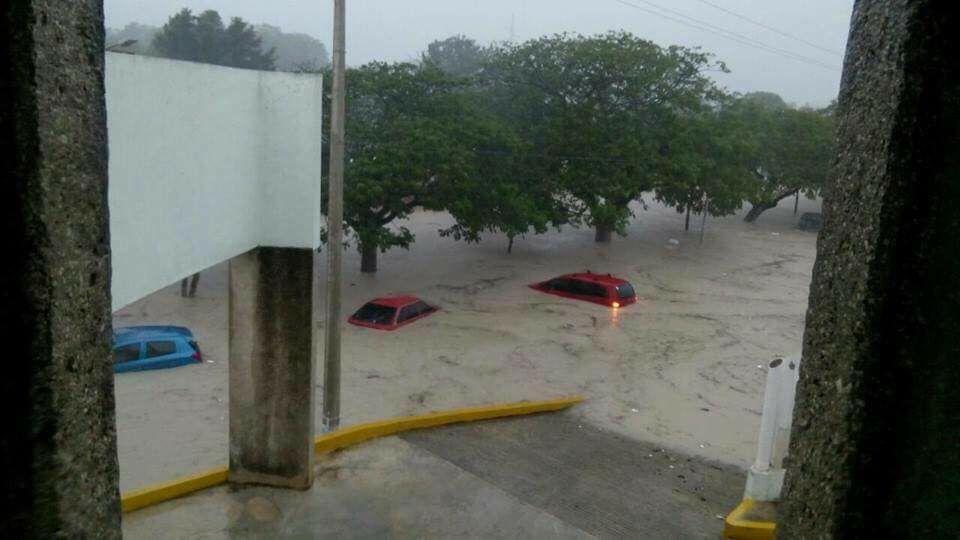 """Con potencial de huracán, """"Franklin"""" apunta a Veracruz"""