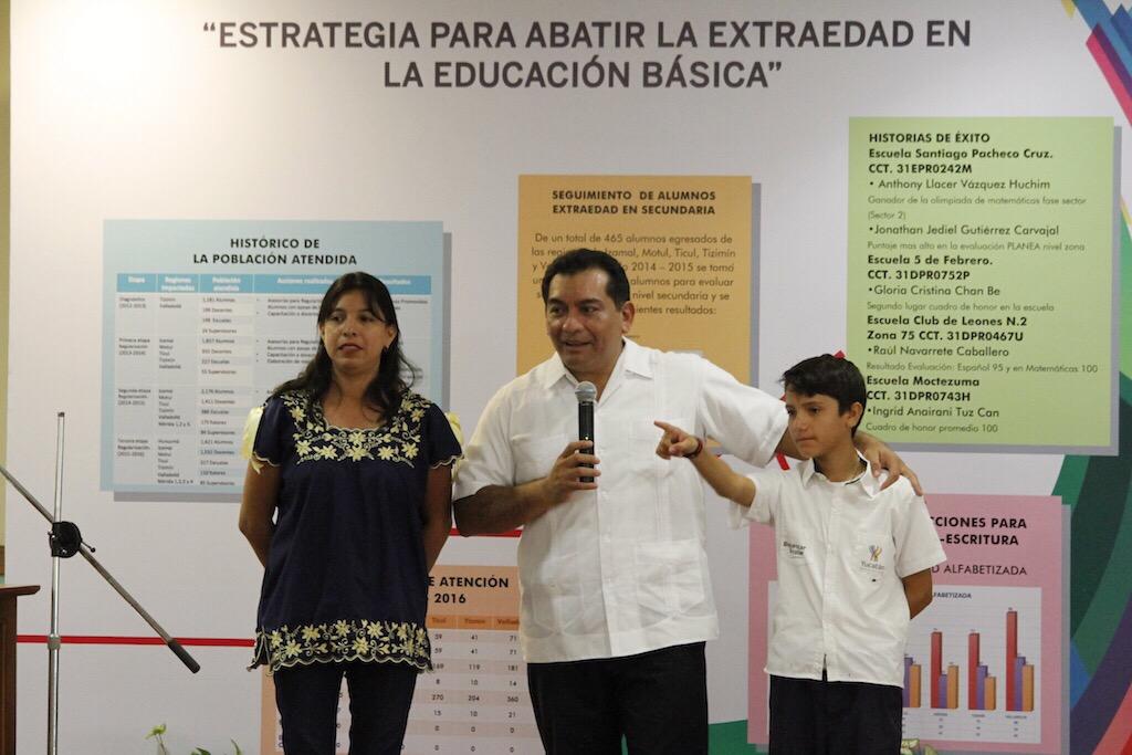 Permanente combate a rezago educativo en Yucatán