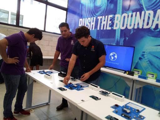Intel Corporation dona equipo a universidad de Yucatán