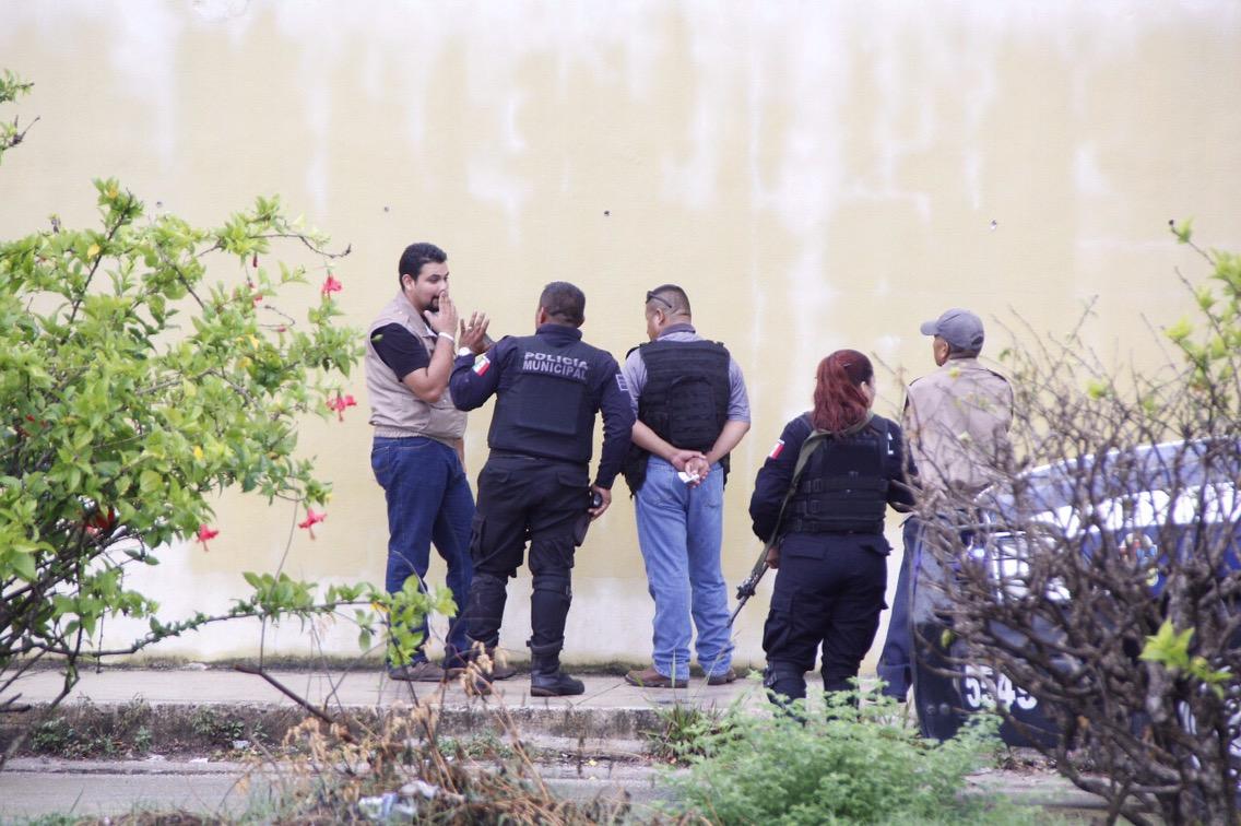 Tres arrestados con armas y chalecos en Cancún
