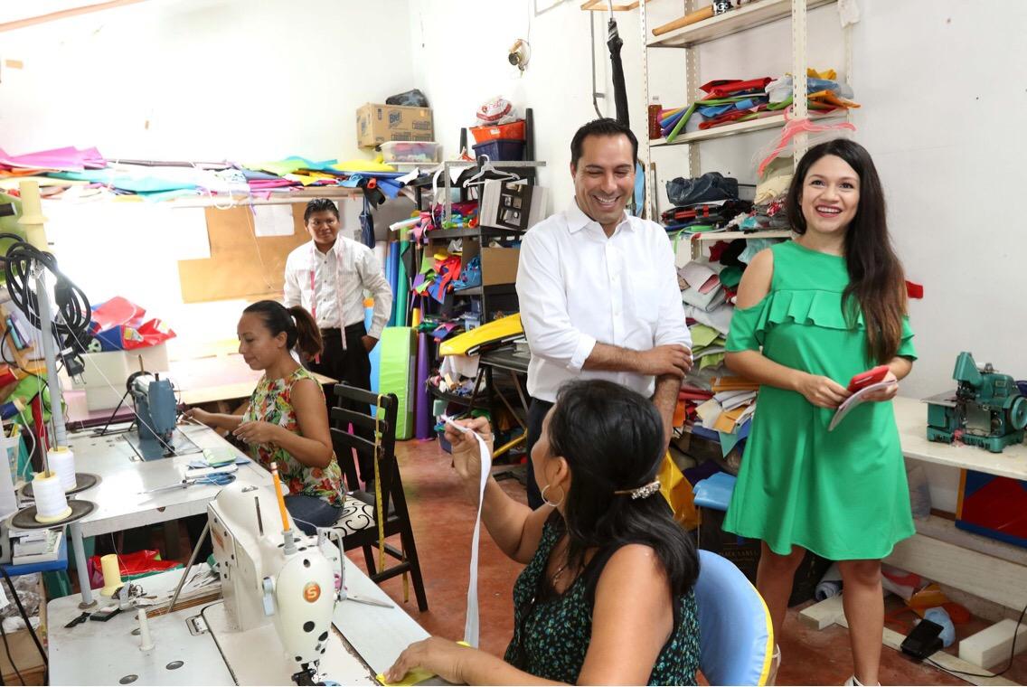 "Certifica ""Tu empresa, Tu Marca"" a primeros 50 emprendedores en Mérida"