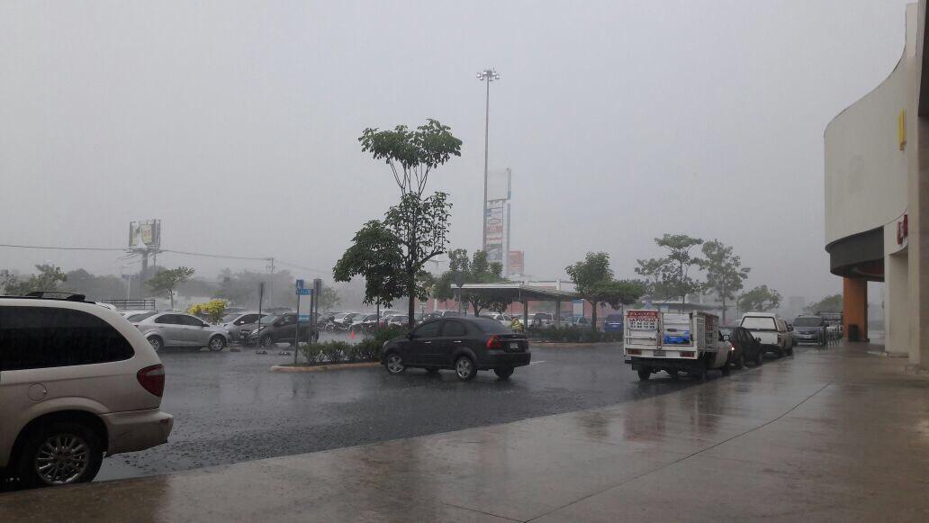 Prolonga 'Harvey' caudal de lluvias en Península Yucatán