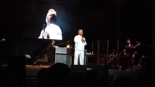 Armando Manzanero cantó a Mérida