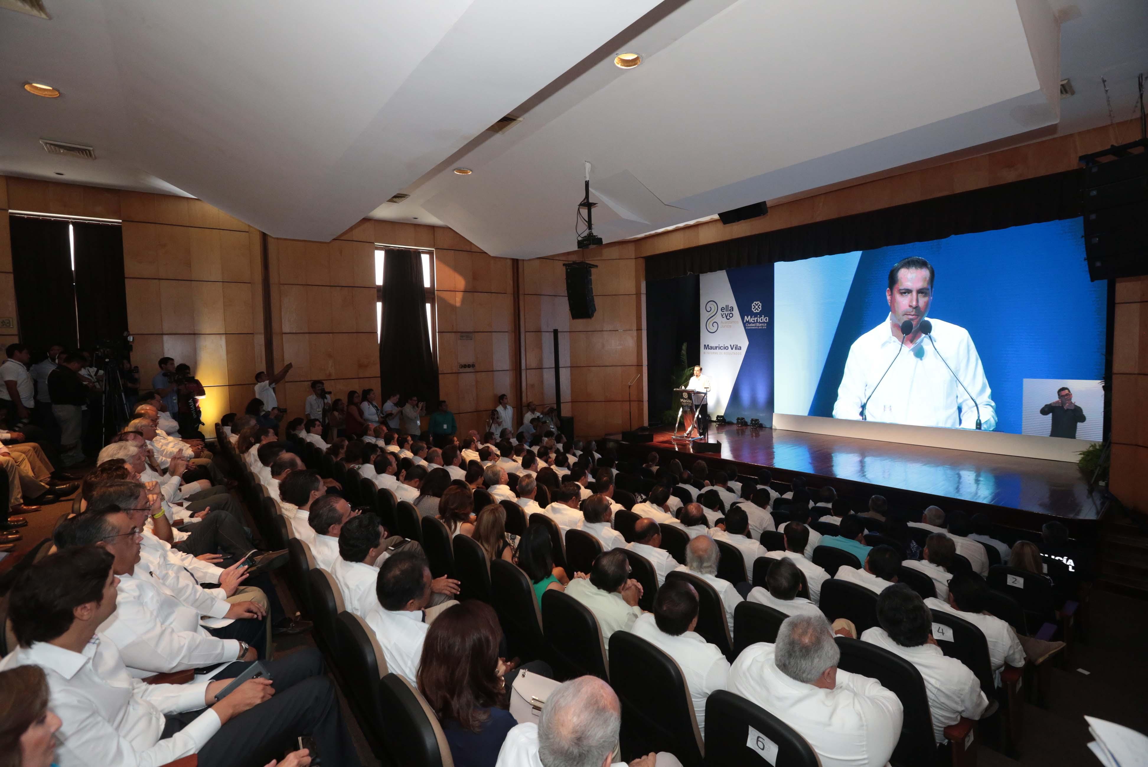 Mauricio Vila Dosal rinde su II Informe de Gobierno