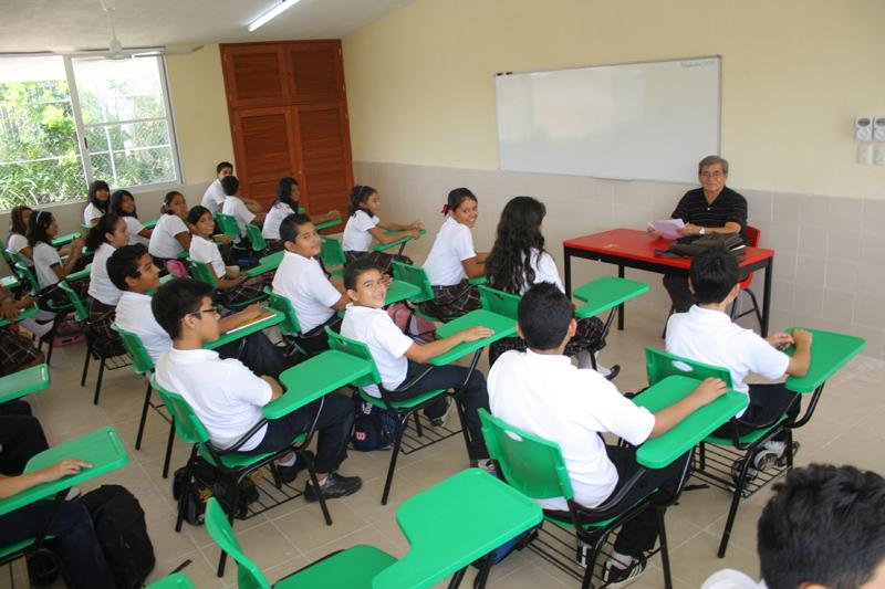 Retornan a clases este lunes en Yucatán 520 mil alumnos