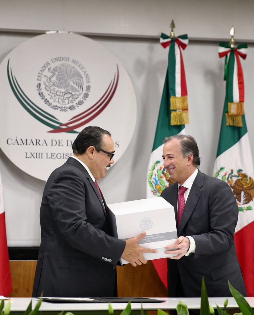 Recibe Ramírez Marín el Paquete Económico 2018