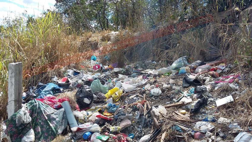 Exhiben a alcalde de Campeche por basureros clandestinos