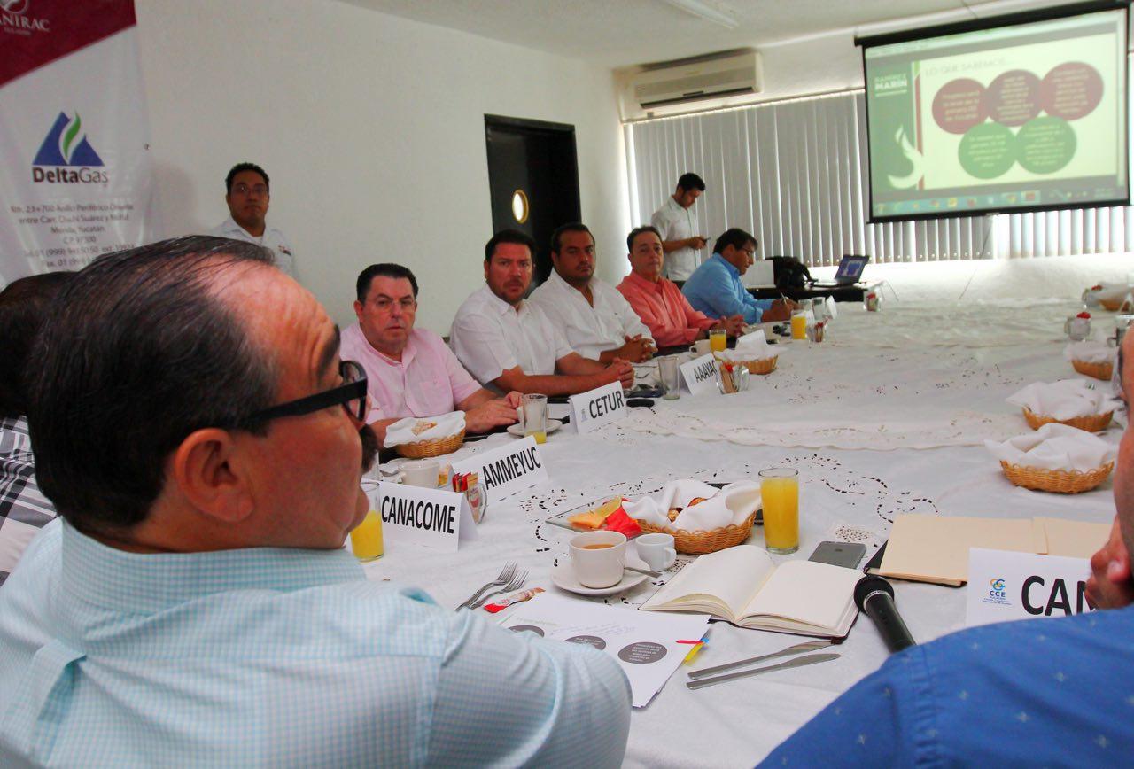 Presupuesto 2018,  tema de reunión de Ramírez Marín con CCE