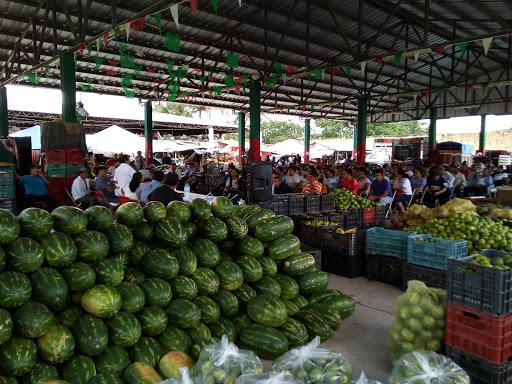 Pega inflación en educación, alimentos y bebidas