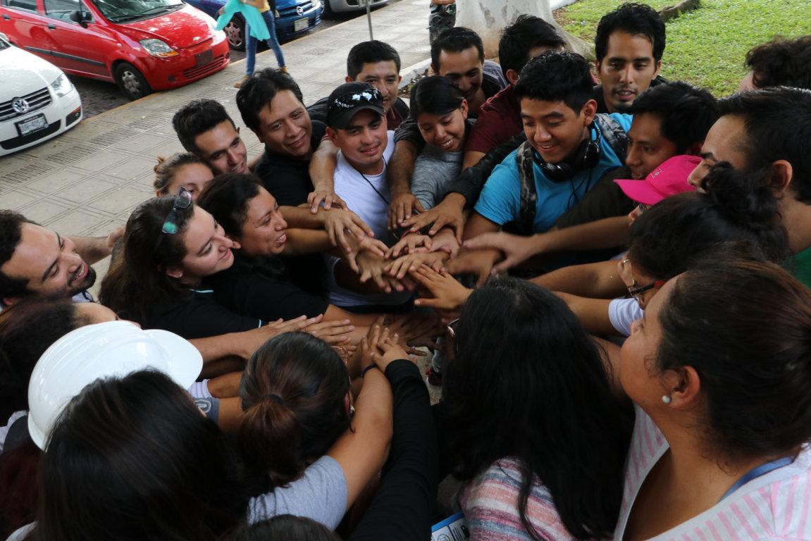 Estudiantes y egresados Uady ayudaron en zonas afectadas por sismos