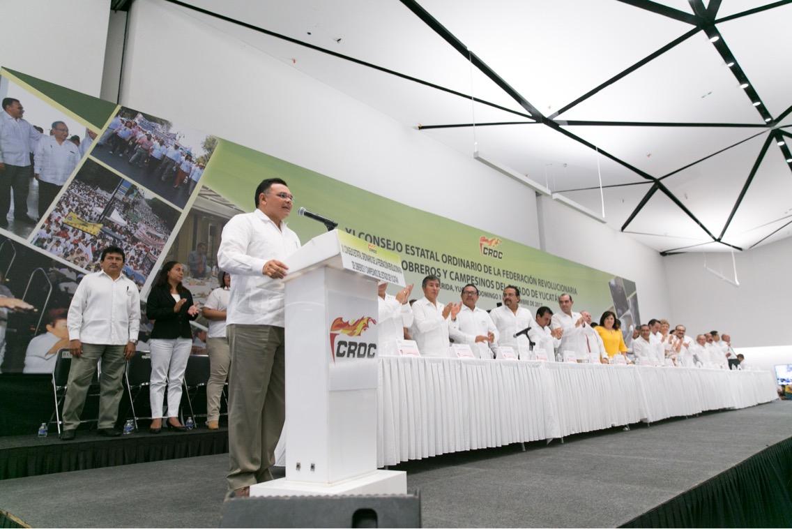 Clausuró Zapata Bello Consejo Estatal de la CROC en Yucatán