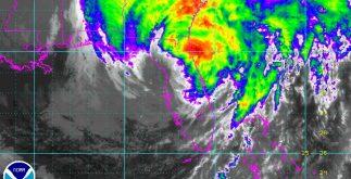 """El huracán """"Irma"""" se mueve por territorio de Estados Unidos, donde, según reportes extraoficiales, ya dejó cuatro muertos. (CNH)"""