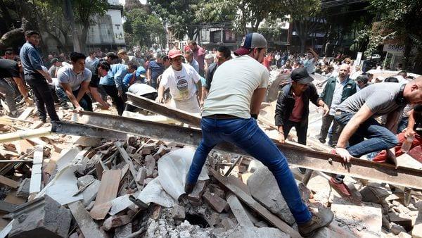 Sube a 119 cifra de muertos en sismo de este martes