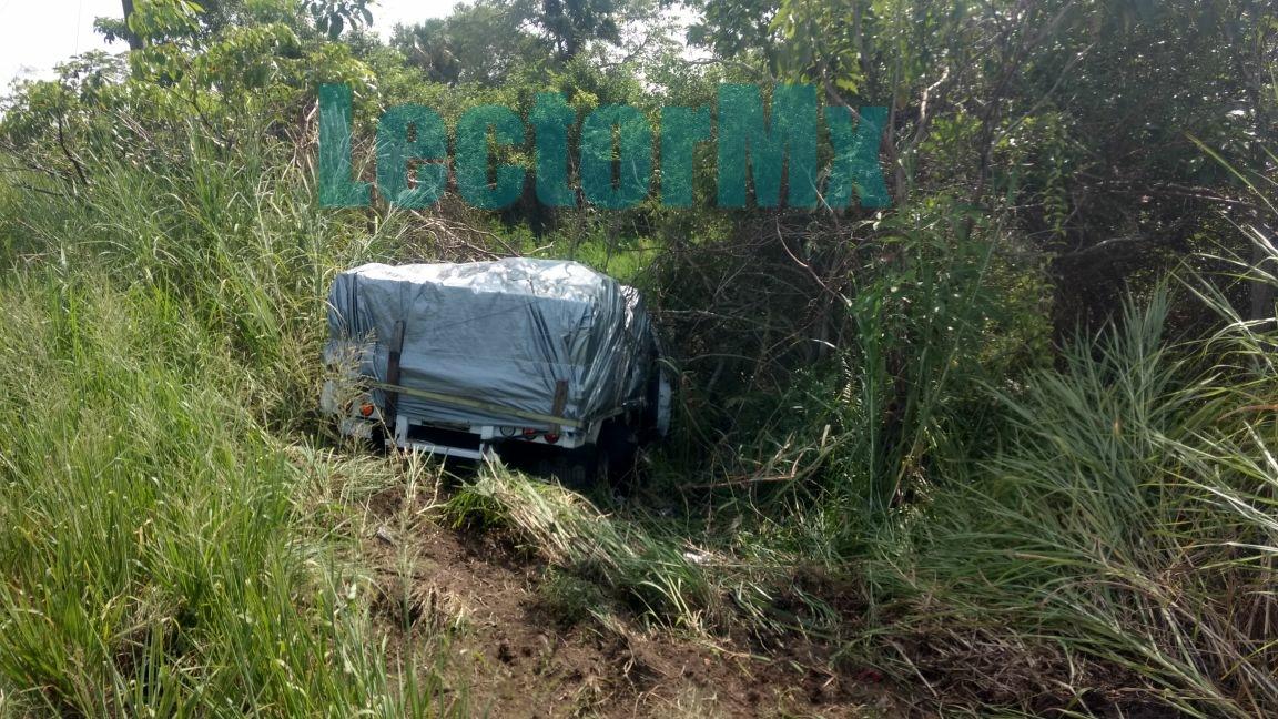 Se accidenta camión yucateco con ayuda a damnificados