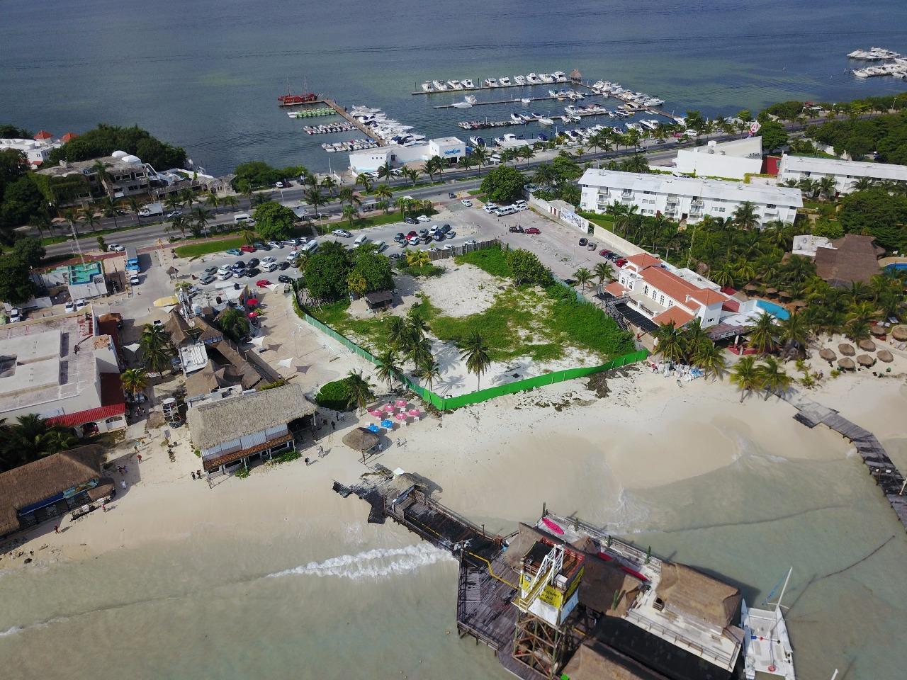 Normalizan servicios náuticos en Cancún, tras mar de fondo