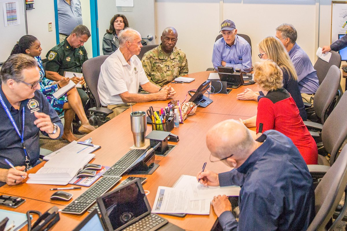 """""""Irma"""" arrasa Cuba; 6 millones dejan sus casas en Florida"""