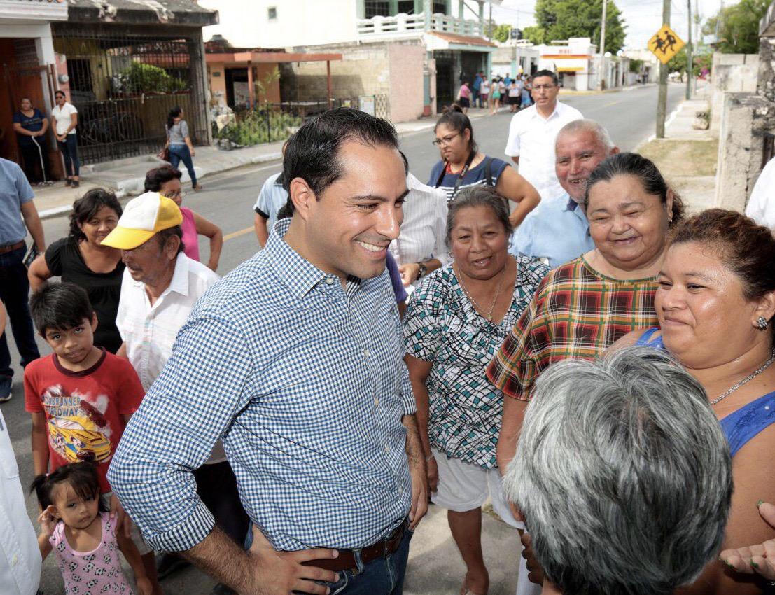 """Con """"nuevo rostro"""" calle 95 de colonia Dolores Otero"""