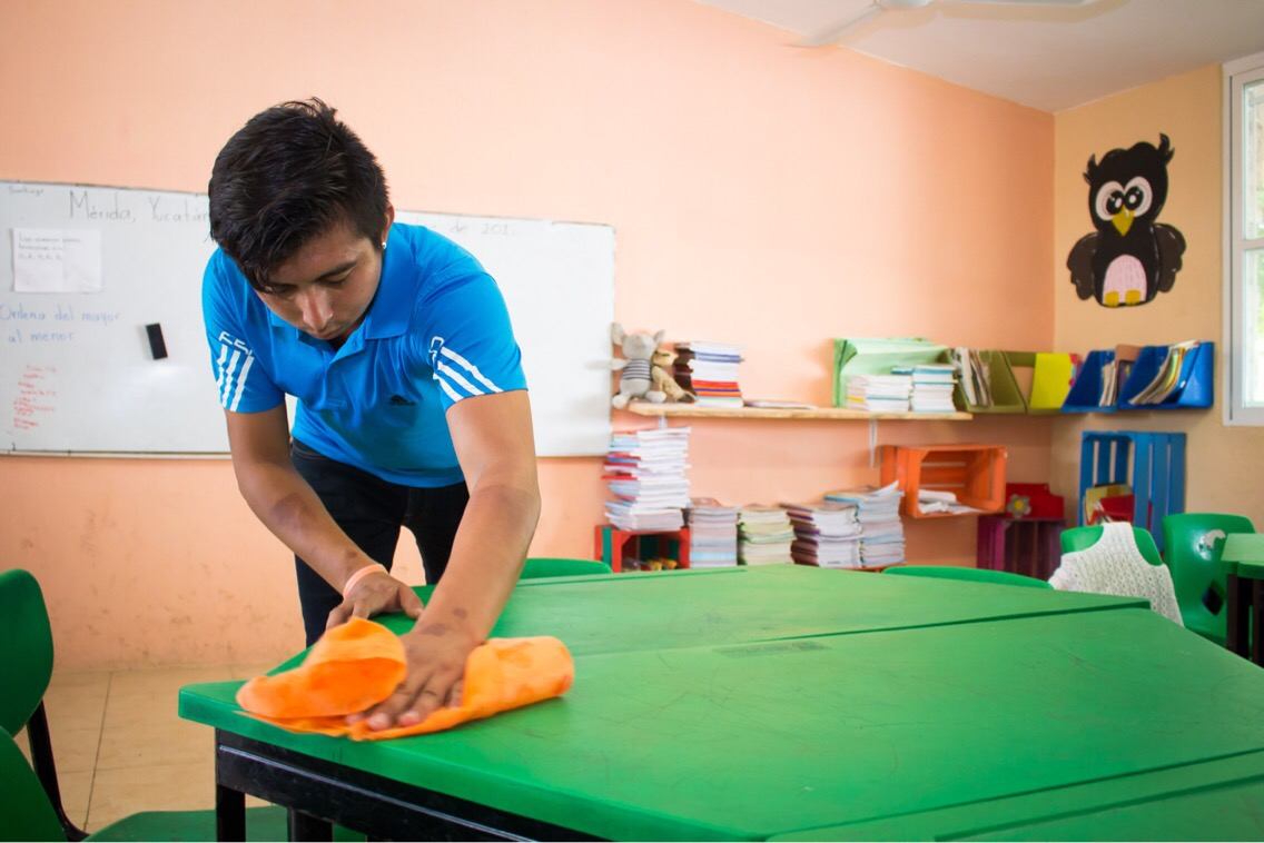 Cerco preventivo y filtros en escuelas yucatecas por conjuntivitis