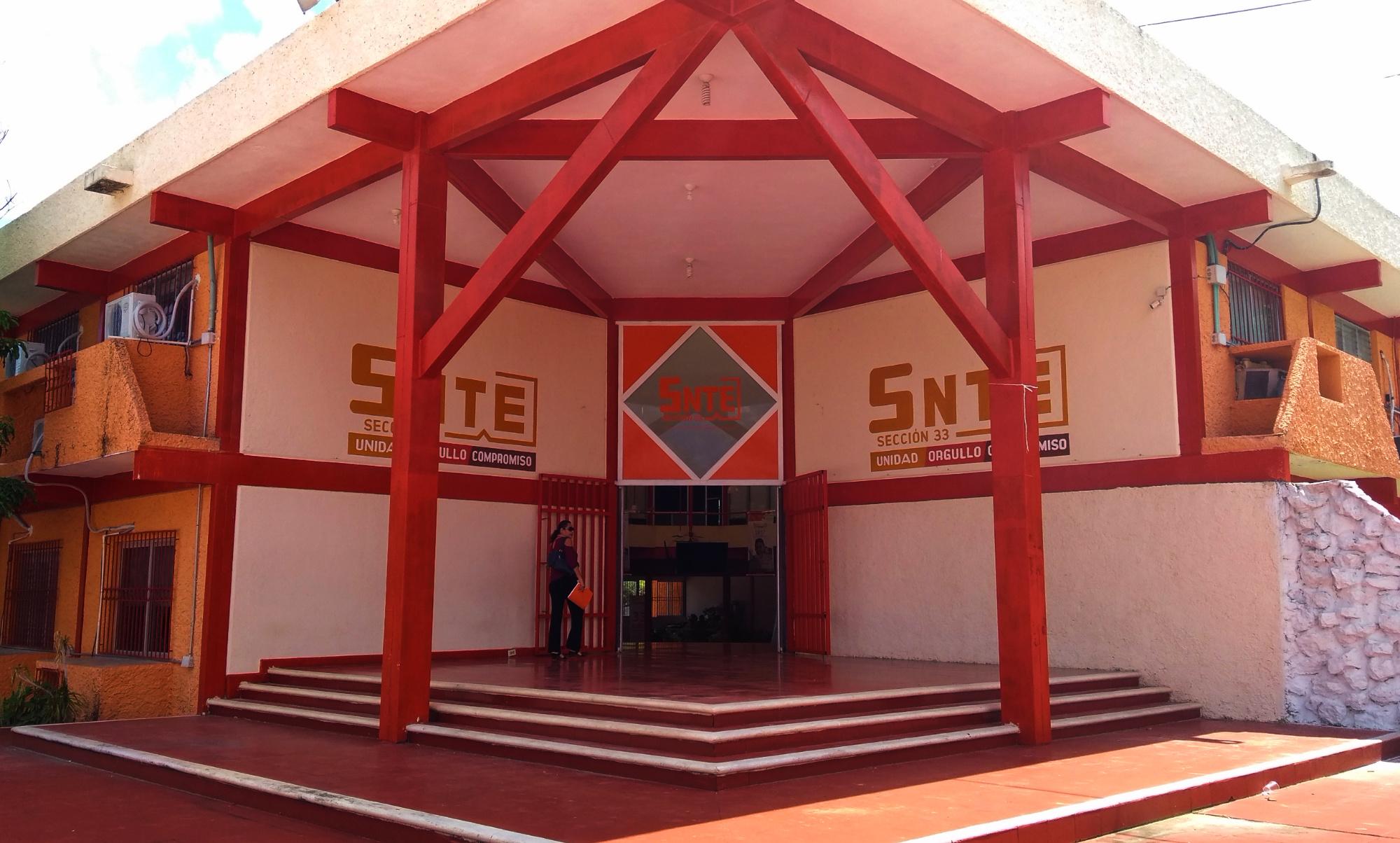 """""""Escasean"""" plazas de maestros en Yucatán"""