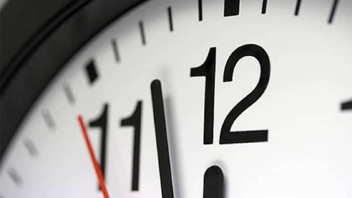 Tome previsiones por el cambio de horario este domingo