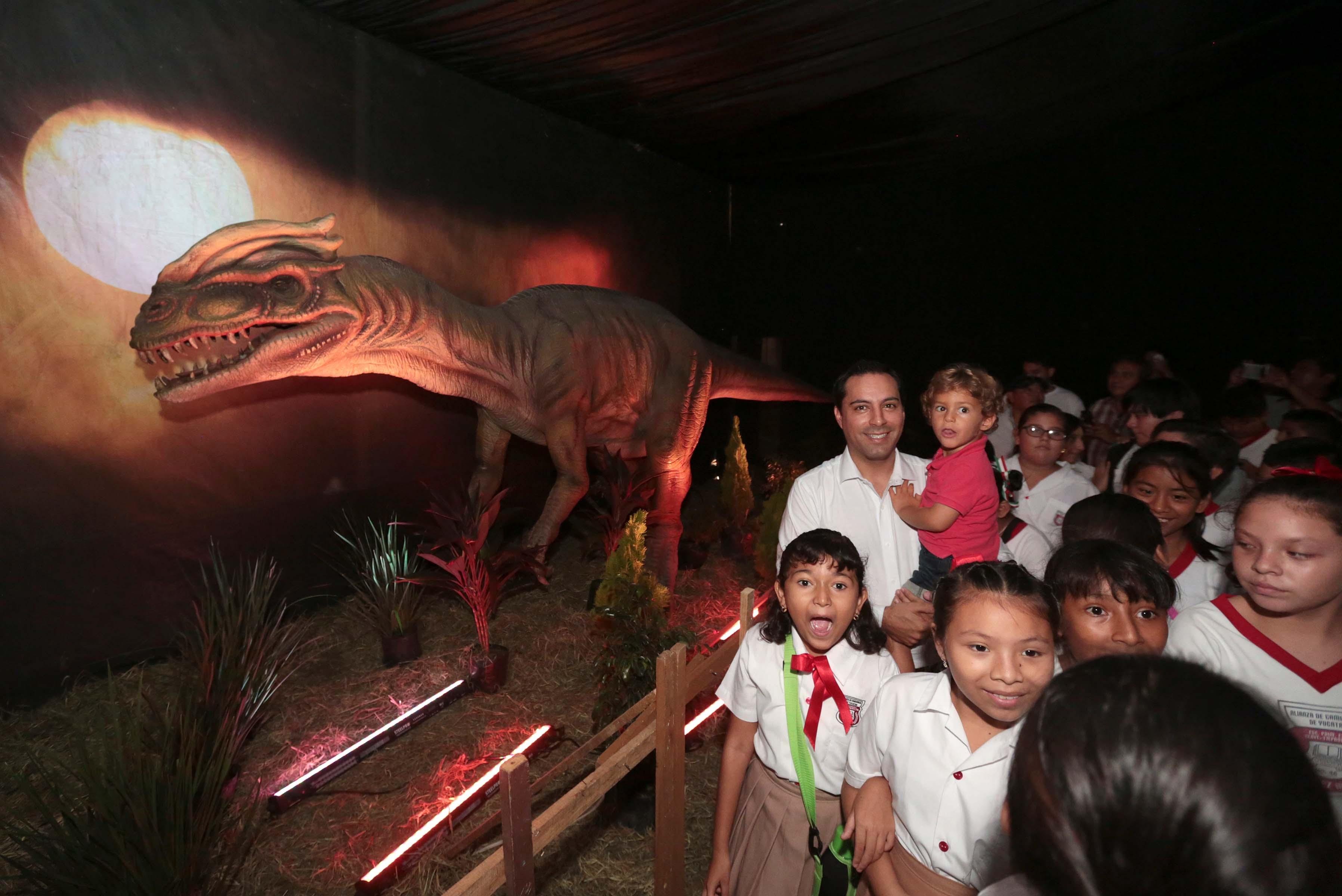 Se van dinosaurios de Mérida: concluye exhibición de animatronics