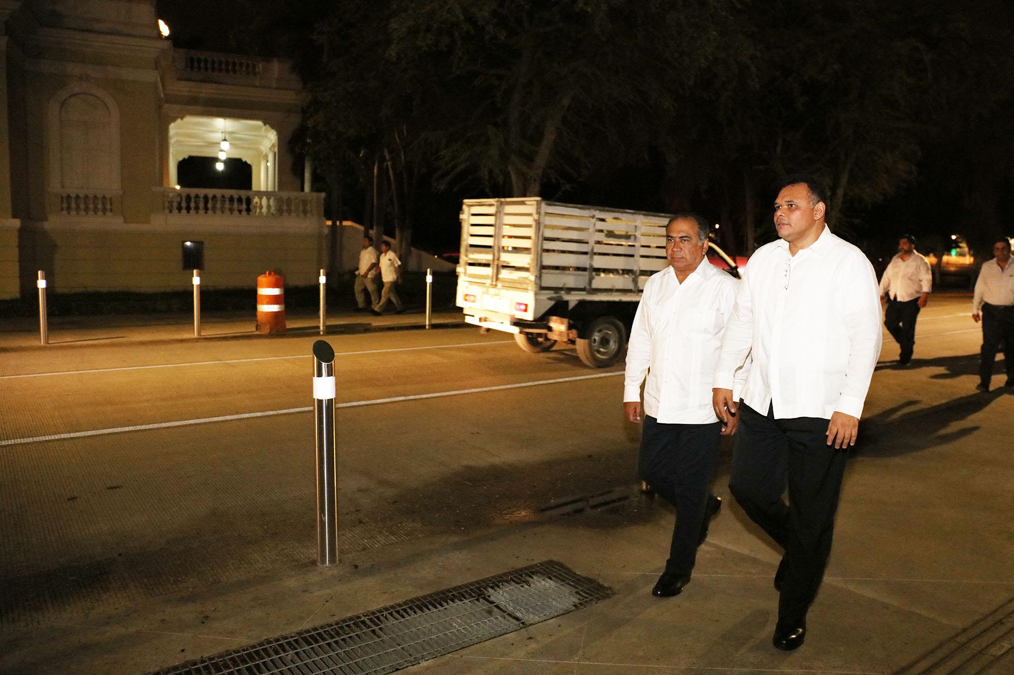 Muestran a gobernador de Guerrero seguridad en Yucatán