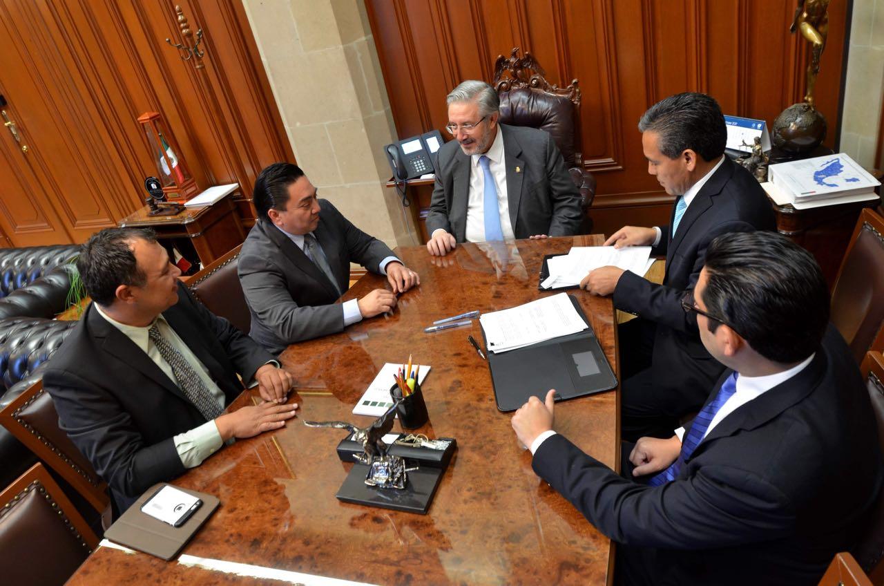 Firman convenio asociación de tribunales del país y SCJN