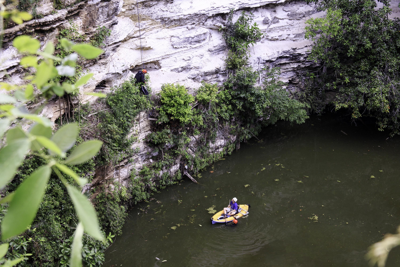 """Mapeo subterráneo busca """"geografía sagrada"""" de Chichén Itzá"""