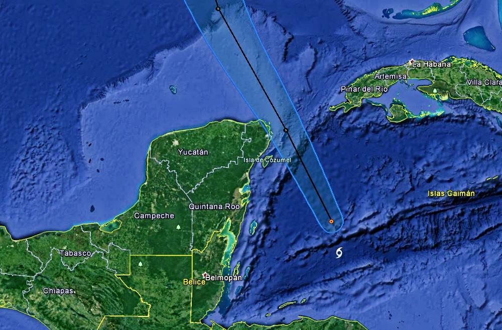 """""""Nate"""" se acerca a Cozumel con rachas de viento de 100 km/hr"""