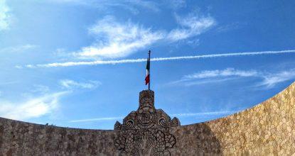 Vista del Monumento a la Patria en Mérida, contexto clima martes 10 de octubre