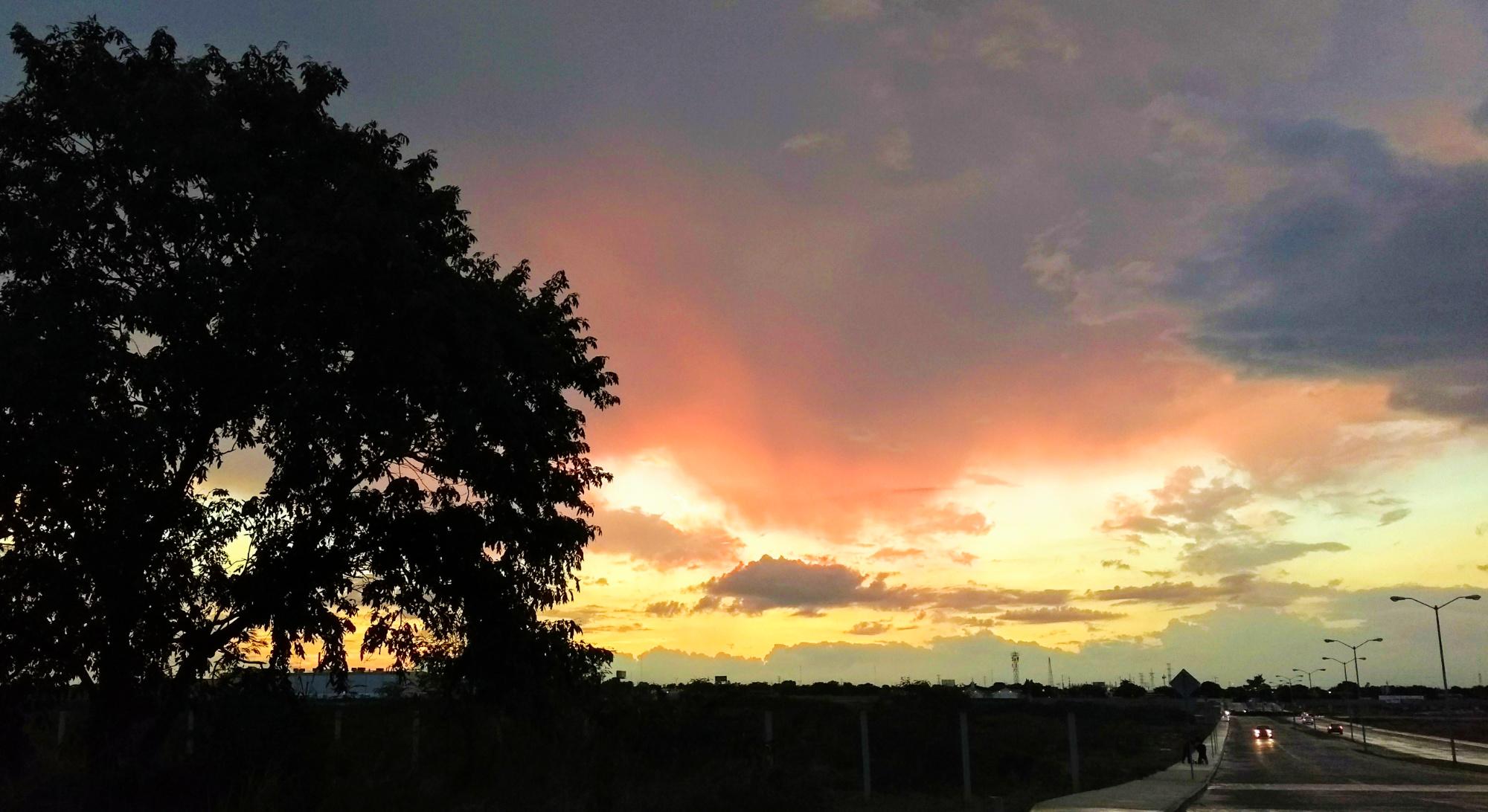 Vuelve el calor este martes, pero también la lluvia (video)