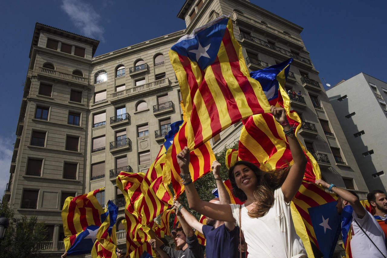 Tribunal español declara nula ley del referéndum catalán