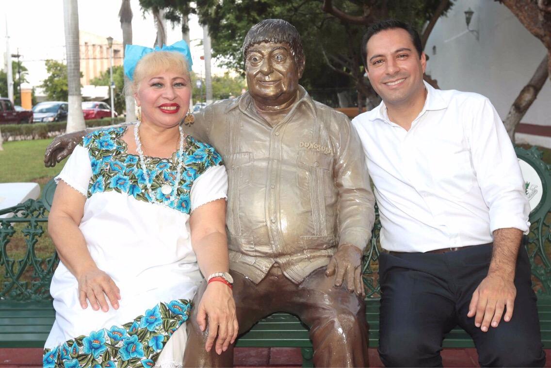 """Escultura de Héctor Herrera """"Cholo"""" develada en Remate de Montejo"""