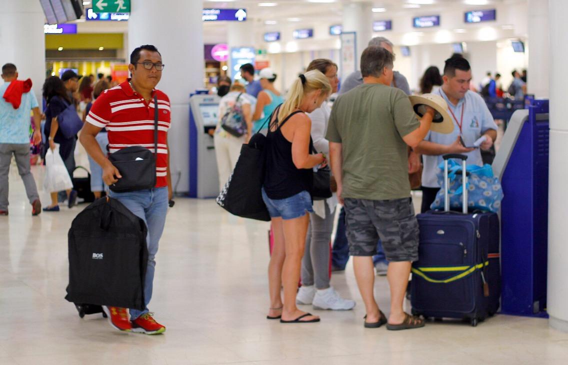 Confronta baja turística a hoteleros y Gobierno de QRoo